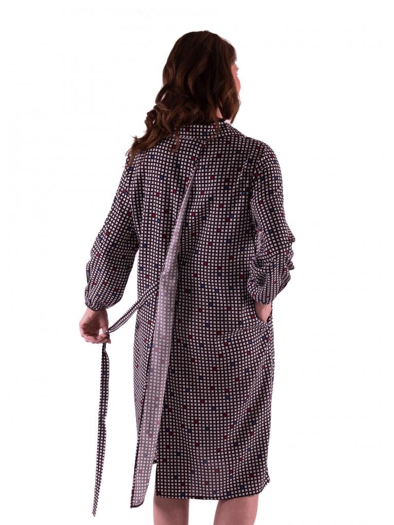 7233 Damen Kleid mit geknöpfter