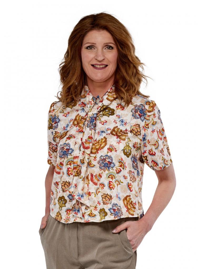 7249 Ladies short sleeved blouse