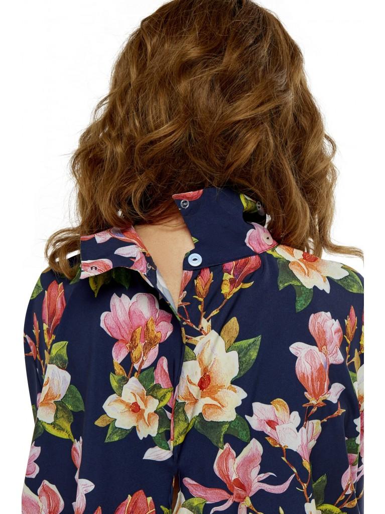 7248 Smart blouse full back open